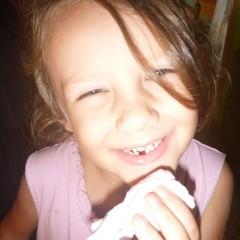 A minute later she joined the Lost-My-First-Tooth Club